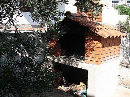 fireplace (house and surroundings) - 01107SEGV A2(8+2) - Seget Vranjica - Seget Vranjica - rentals