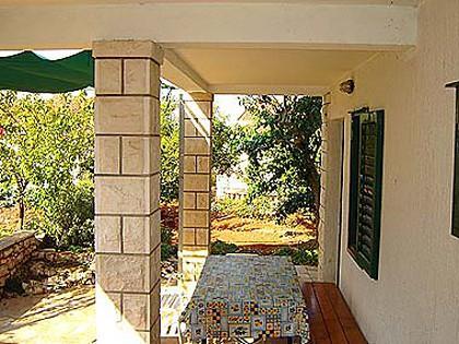 A2(2+2): garden terrace - 04101SUPE A2(2+2) - Supetar - Supetar - rentals