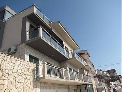 house - 001OMIS  A1(4+1) - Omis - Central Dalmatia - rentals
