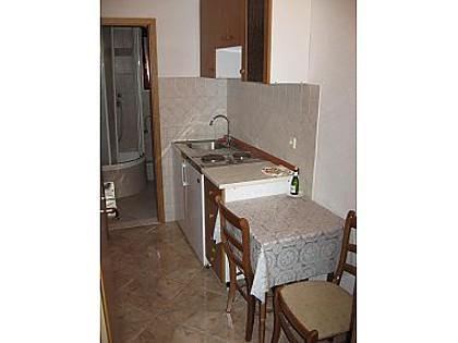 A1(2): kitchen and dining room - 001KLUK A1(2) - Kastel Luksic - Kastel Luksic - rentals