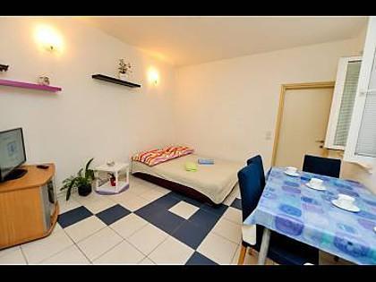 A1(3+2): living room - 011SPLT A1(3+2) - Split - Split - rentals