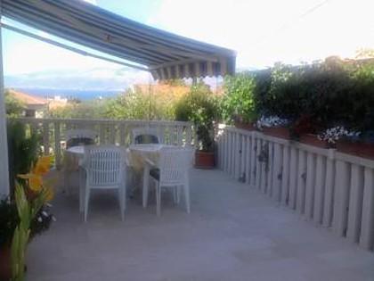 A3(2+1): terrace - 03801SUPE A3(2+1) - Supetar - Supetar - rentals