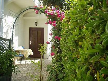 A3(2): terrace - 35515 A3(2) - Supetarska Draga - Supetarska Draga - rentals