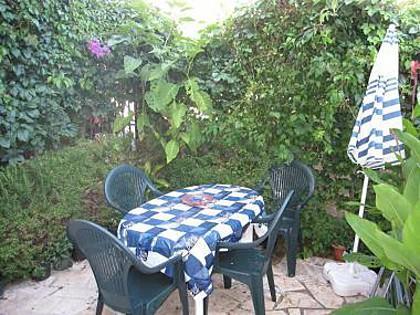 A1(3): terrace - 35610 A1(3) - Supetar - Supetar - rentals