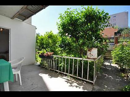 A1(2+2): garden terrace - 35670 A1(2+2) - Split - Split - rentals