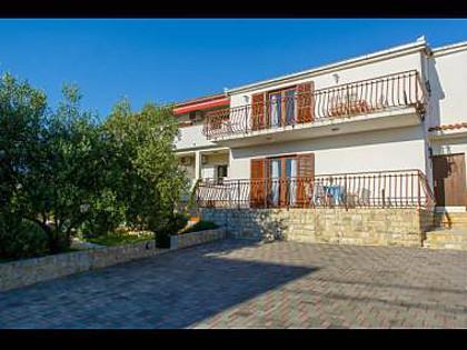 house - 35677 A4 crveni(4+1) - Okrug Gornji - Okrug Gornji - rentals