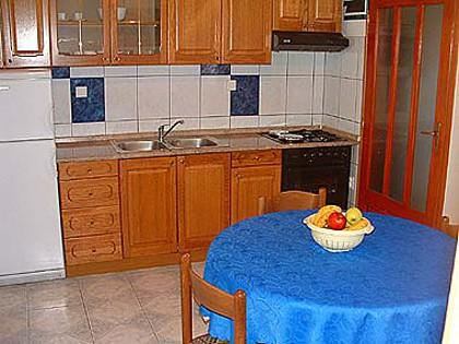 A6(3+1): kitchen and dining room - 00203SUCU  A6(3+1) - Sucuraj - Sucuraj - rentals