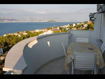 A3(2+2): terrace - 2189  A3(2+2) - Arbanija - Arbanija - rentals