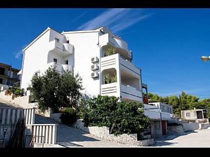 house - 2189  B1(2+1) - Arbanija - Arbanija - rentals