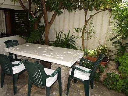 A1(4+1): garden terrace - 2214  A1(4+1) - Supetar - Supetar - rentals