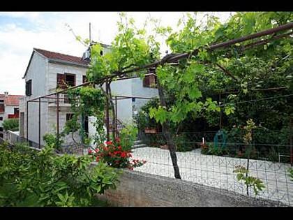 house - 2517  A2 SMEĐI(2+2) - Supetar - Supetar - rentals