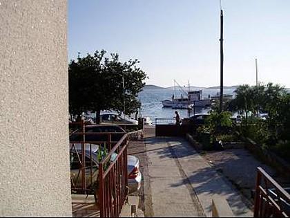 A1(6): courtyard - 2558 A1(6) - Srima - Srima - rentals