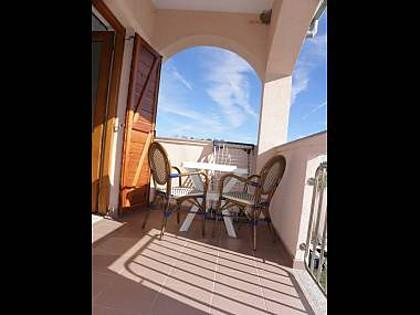 A4(2+2): terrace - 2702 A4(2+2) - Privlaka - Privlaka - rentals