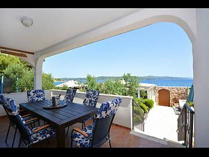 H(6+2): sea view (house and surroundings) - 2900 H(6+2) - Drvenik Mali (Island Drvenik Mali) - Drvenik Mali - rentals
