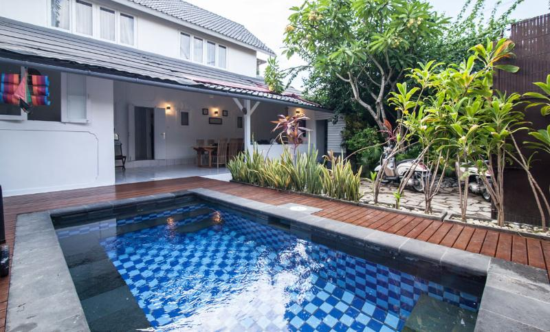 Best Deal for 3 Bedroom Villa in Central Seminyak - Image 1 - Bali - rentals