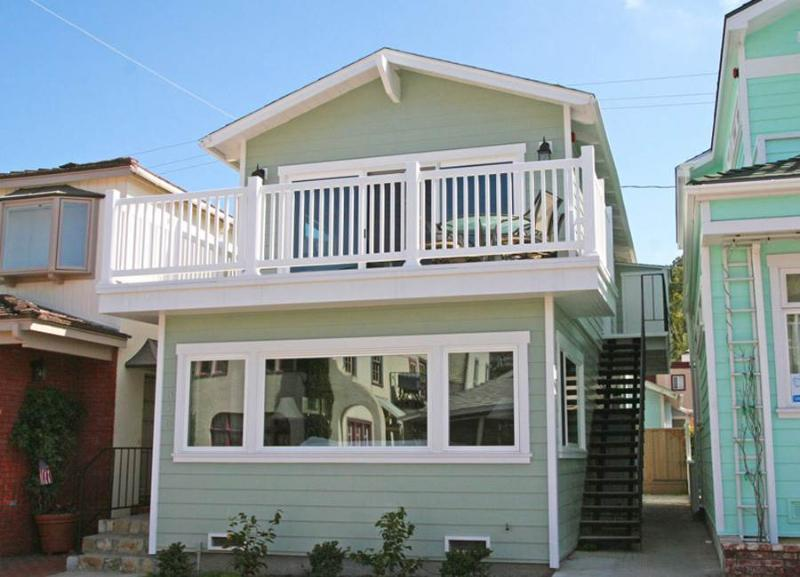 318 Claressa Ave - Upper - Image 1 - Catalina Island - rentals