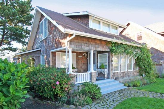 Quincy Cottage - adorable 4 bedroom 2.5 bath Historic Cottage located in the Presidential Streets - 43727 - Image 1 - Cannon Beach - rentals