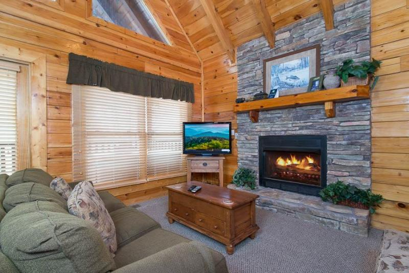Little John's Lookout - Image 1 - Pigeon Forge - rentals