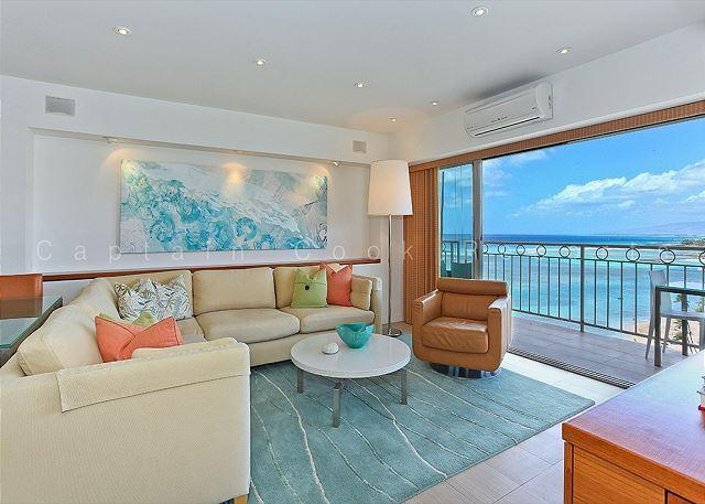Luxurious Beachfront 2 Bedroom Condo - Sleeps 4 - Perfect for 2 Couples- - Image 1 - Waikiki - rentals
