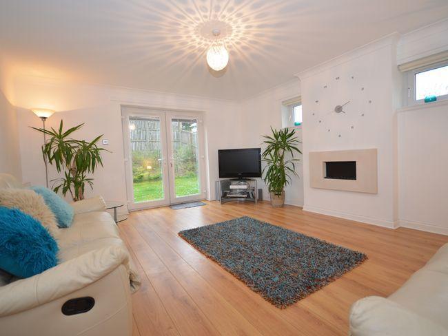 Spacious lounge with patio door to garden - AY158 - Ayr - rentals
