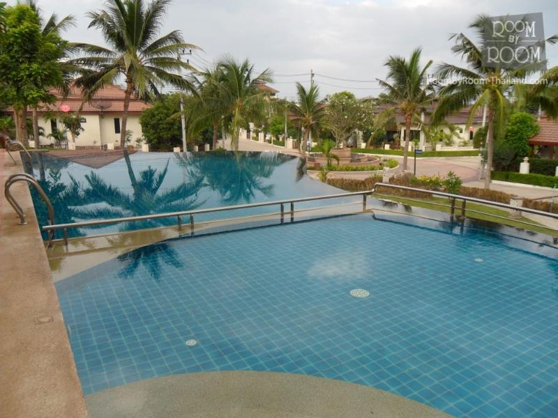 Villas for rent in Hua Hin: V6108 - Image 1 - Hua Hin - rentals