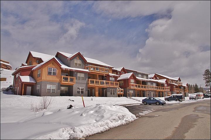 Exterior View of this New Condo Development - Beautiful Mountain Decor - Close to Everything (5027) - Winter Park - rentals