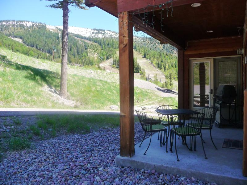 Slope views from covered patio w/bbq and close to hot tub! - Luxury Condo..Hottub/Patio/Views! 35min Glacier Pk - Whitefish - rentals