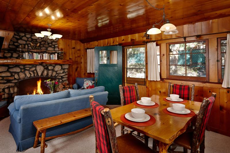 Living Room, Dining and Fireplace - Coyote Moon - Idyllwild - rentals