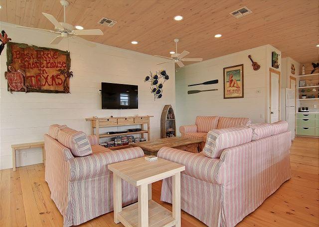 Living Area - New Listing: Best Little Shore House in Texas! 4/3, New Neighborhood, Pool - Port Aransas - rentals