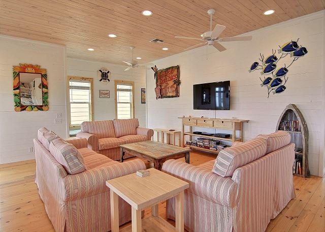 Living Area - New Listing: Best Little Shore House in Texas! 4/3, New Neighborhood, Pool - Port Aransas - rentals
