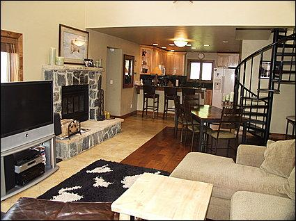 Open Floor Plan - Wood Fireplace with Stone Hearth - Modern River Oaks Condo - Close to BC Slopes (12860) - Minturn - rentals