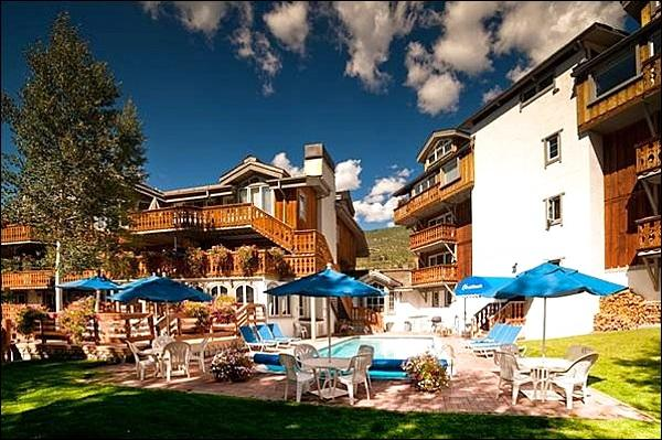 Heated Pool - Charming Studio with Full Amenities - Located at Base of Vail Mountain (23599) - Vail - rentals