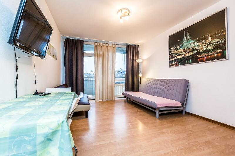 Modern apartment close to Cologne fairtrade - 36 Cozy apartment in Cologne Deutz near trade fair - Cologne - rentals