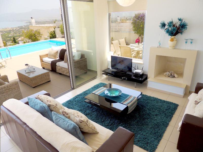 Chryshocou Bay Villa 24 - Image 1 - Neo Chorion - rentals