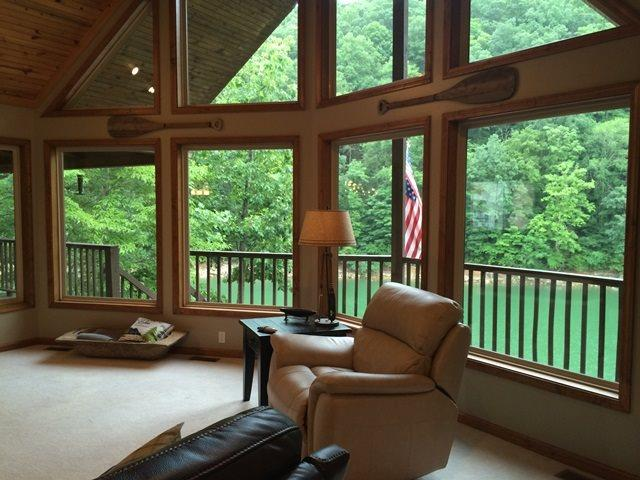Great room with amazing views - The Perfect Getaway is a Norris Lake vacation cabin with the name that suits it... perfectly! - Norris - rentals