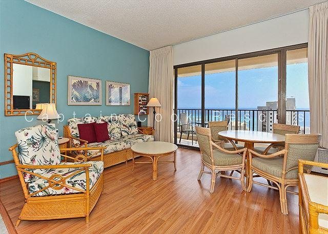 Sweeping ocean views from penthouse-level one-bedroom with AC!  Sleeps 5. - Image 1 - Waikiki - rentals