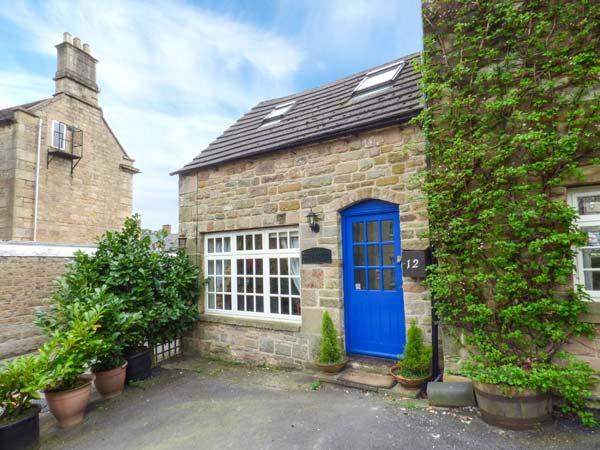 THE STABLE, romantic, character holiday cottage, with a garden in Matlock, Ref 3546 - Image 1 - Matlock - rentals
