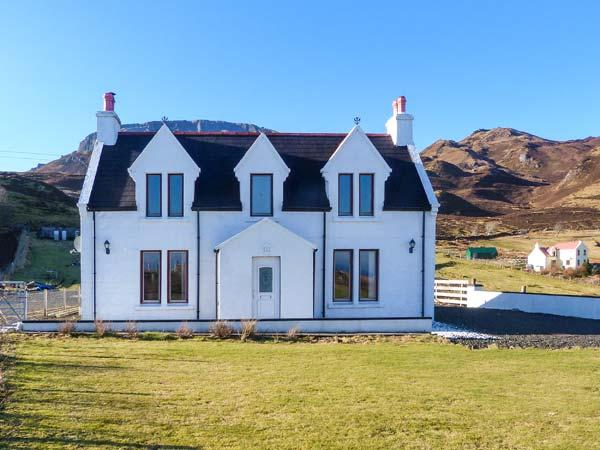 DIGG, family friendly, country holiday cottage, with open fire in Digg, Ref 4147 - Image 1 - Digg - rentals