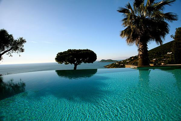 Ocean view with infinity edge pool. ACV FAB - Image 1 - Saint-Tropez - rentals