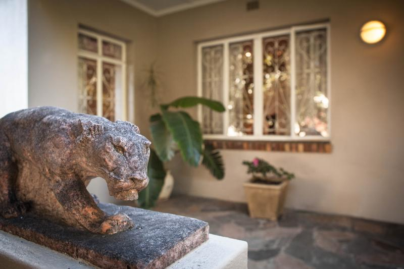 Entrance - The Lions - Cape Town - rentals