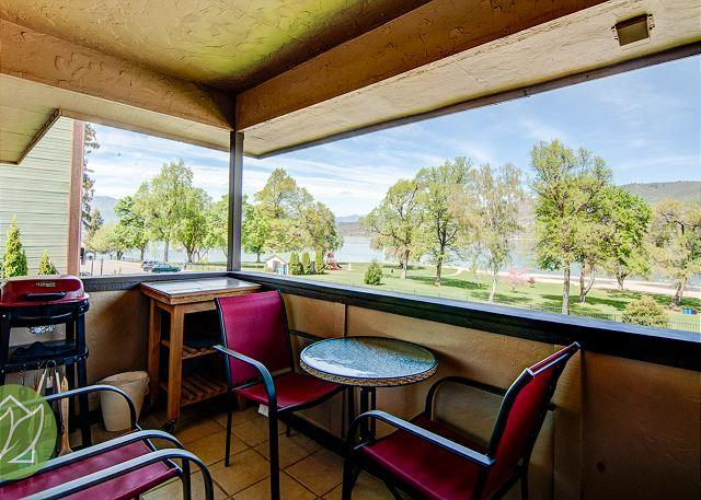Chelan Lakeside Villa C7 by Sage Vacation Rentals - Image 1 - Chelan - rentals
