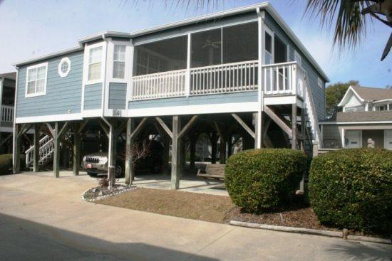 Large 4 Br/3Bath Raised Beach Cottage - Awesome 4 BR Family Vacation Cottage. Just steps to the Beach-AH14 - Myrtle Beach - rentals