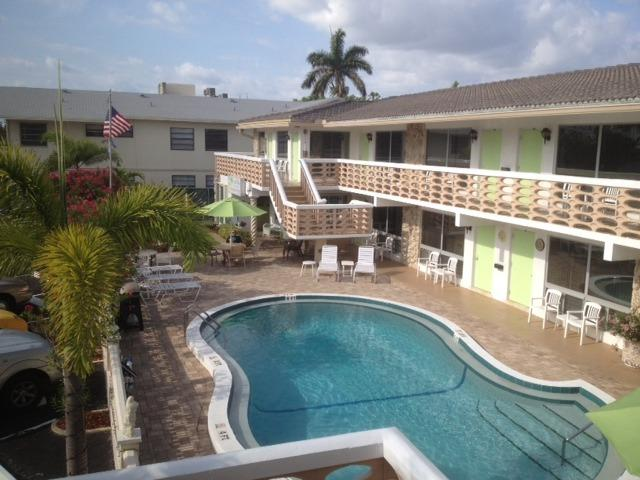 Ocean Villas' heated pool is right outside your front door! - Ocean Villas of Deerfield - Deerfield Beach - rentals