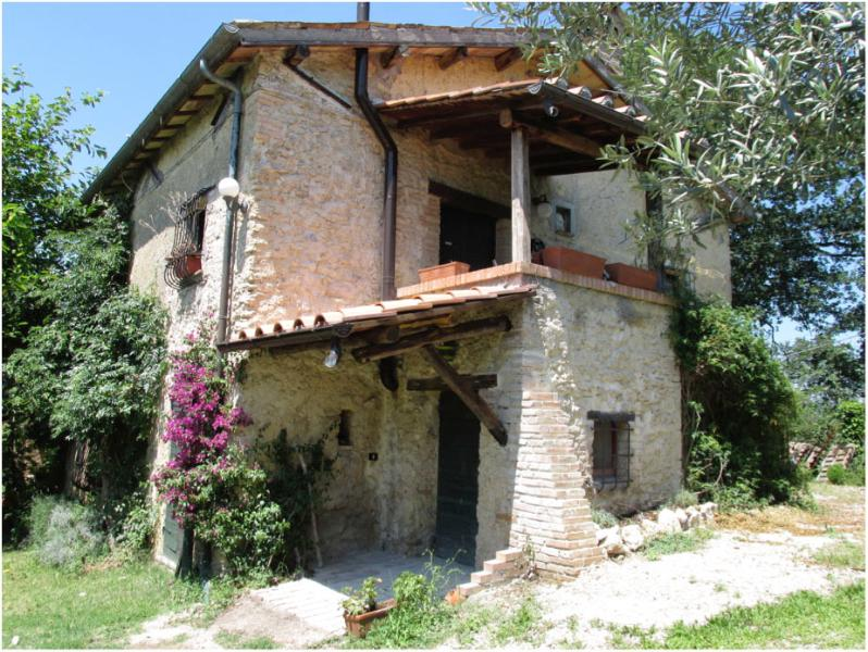 View of the house from the garden - A COUNTRY FARMHOUSE DATING BACK TO 18TH CENTURY - Poggio Catino - rentals
