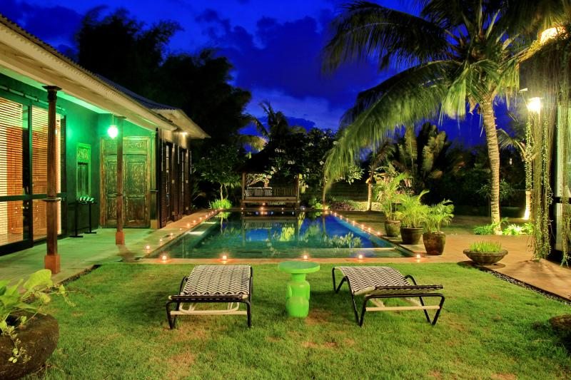 Spacious, High Standing Villa with rice field view - Image 1 - Canggu - rentals