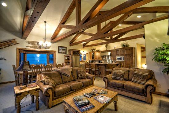 Upstairs Living Area, Open Spacious, Dramatic Post And Beam Vaulted Ceilings, Gas Fireplace, Dining Area , Powder Room and Very Large Deck With Views - Benderosa Chalet - Steamboat Springs - rentals