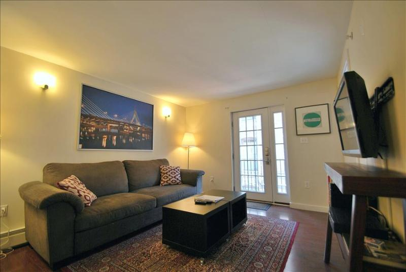 South End Boston Furnished Apartment Rental 16 East Springfield Street Unit 3 - Image 1 - Boston - rentals
