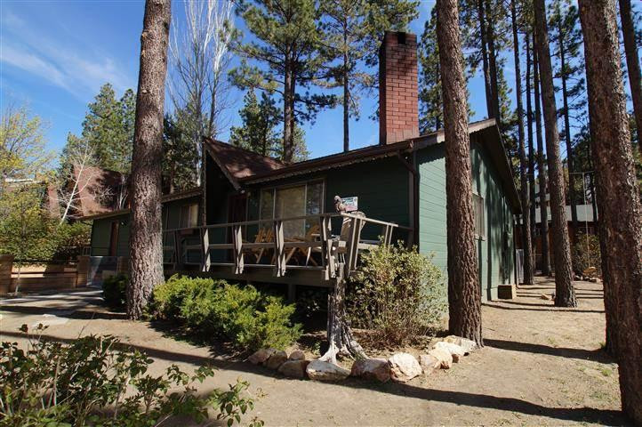 """Robinson Lodge"" - Image 1 - Big Bear City - rentals"