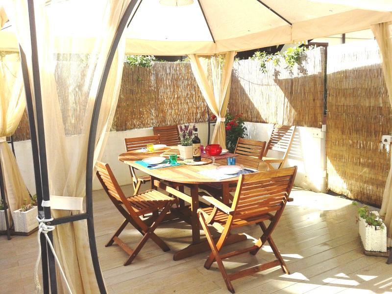 Private outdoor space - Near beach, private parking, garden, bikes - Marina Di Pietrasanta - rentals