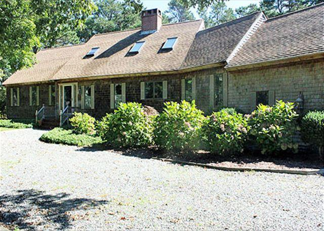 WONDERFUL,SPACIOUS, LOVINGLY MAINTAINED HOME IN SENGEKONTACKET AREA - Image 1 - Oak Bluffs - rentals